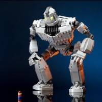 MOC Iron Giant 818 pcs Building Block Set *FREE Shipping*